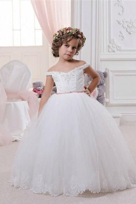 Lace Flower Girl Dresses 2017 Off the Shoulder V-Neck Floor Length with Applique Beaded Sash White Ball Gowns Kids Pageant Gowns
