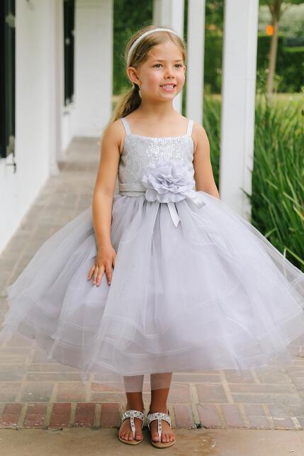 Gray Ball Gown Flower Girl Dresses 2017 Kids Evening Gowns Pageant Dresses For Wedding Party Spaghetti Straps Sequined